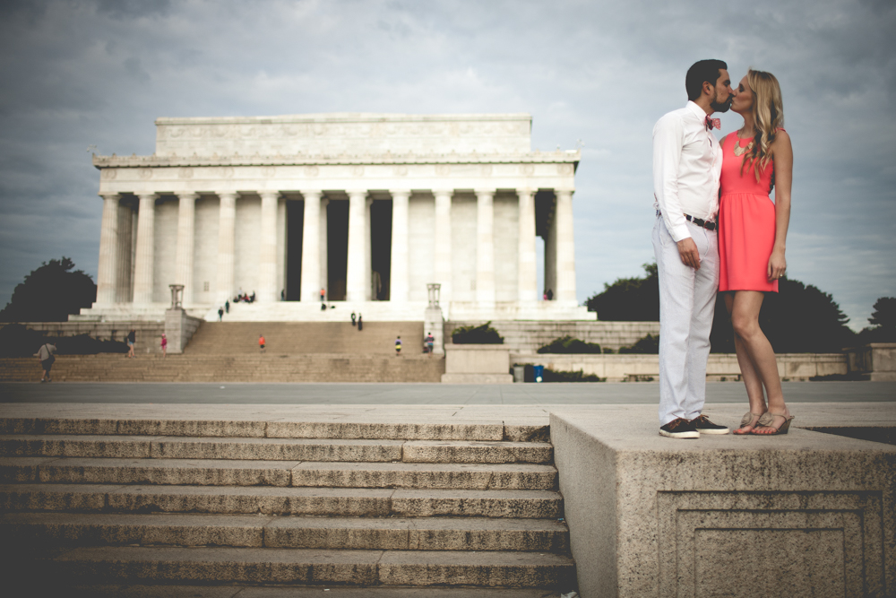 Lincoln Memorial Engagement Portraits (12 of 33)