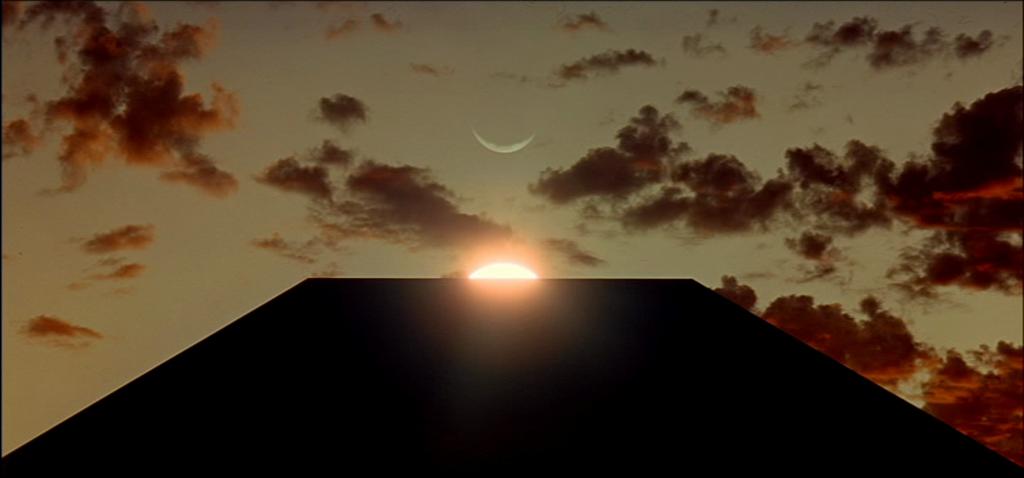 7-moonsun-monolith1