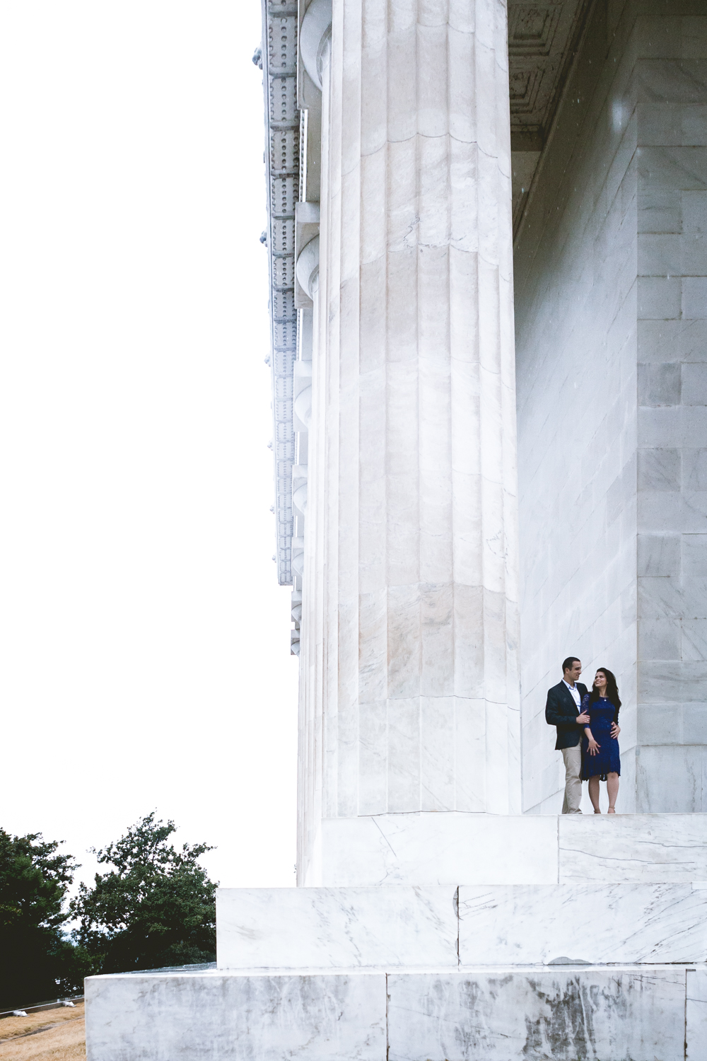 Lincoln Memorial Engagment Photography (2 of 11)