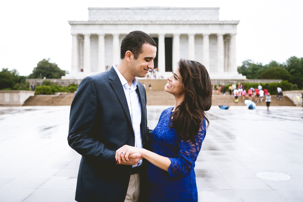 Lincoln Memorial Engagment Photography (8 of 11)
